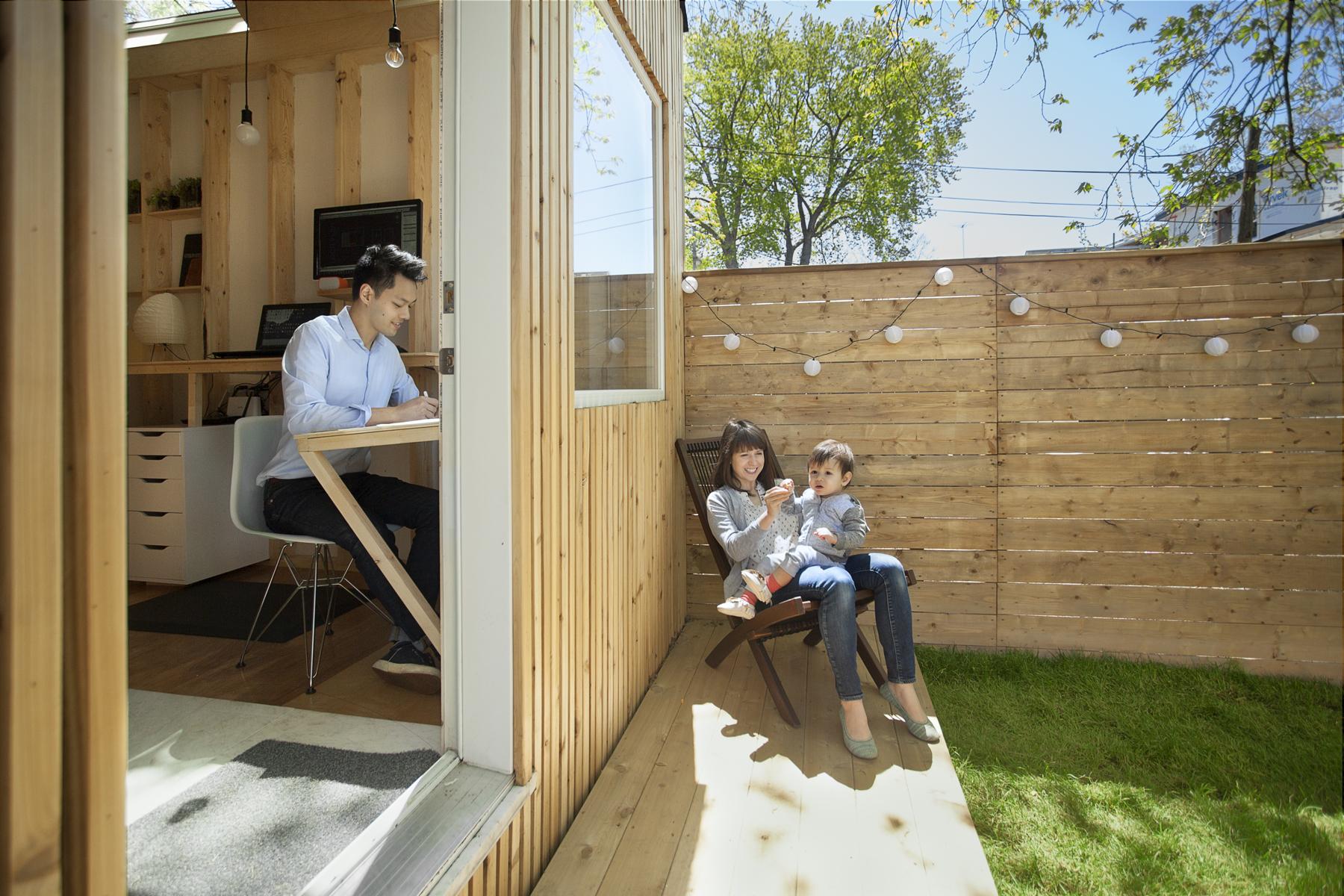 Tiny Backyard Offices