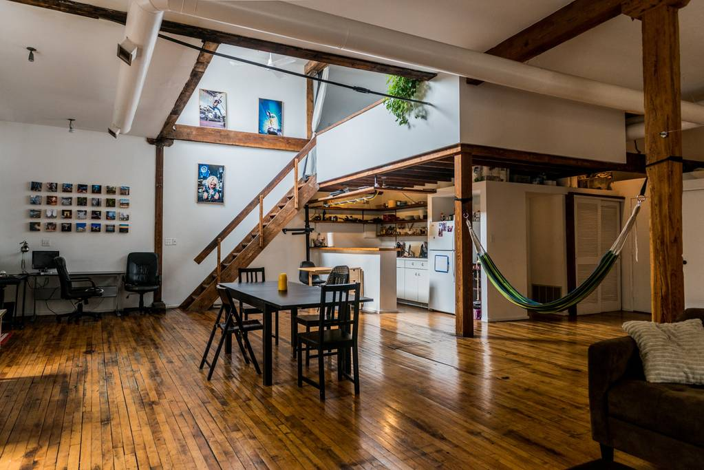 Chicago Airbnb for business travel